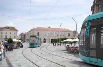 Le tram de Besançon est-il le moins cher de France ?