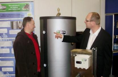 Ecolactis chauffe l'eau en refroidissant le lait