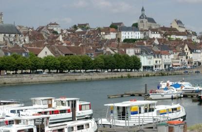 Locaboat retrouve son pavillon français