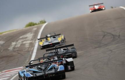 Deux circuits de sports mécaniques, deux histoires d'hommes
