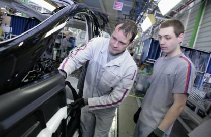 PSA Sochaux et Vesoul : l'inquiétude des salariés et des élus