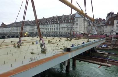 Besançon : jeu de construction géant pour le pont Battant