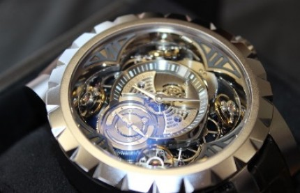 Horlogerie : Hardex usine dans le dur