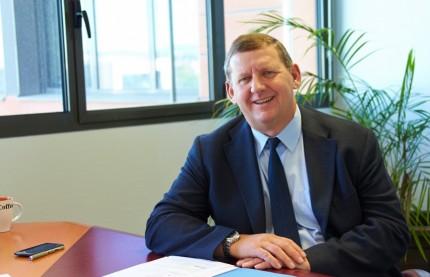 « EDF maintient son haut niveau d'investissement et d'embauches »