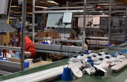 Le fabricant alsacien d'éclairages Velum investit dans le thermolaquage