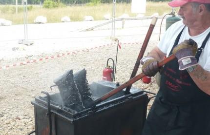Gigot-bitume sur le chantier du Signal à la gare TGV de Besançon