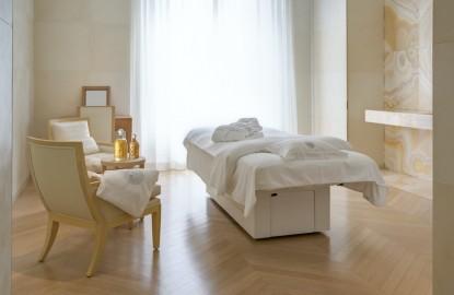 RKF Luxury Linen exporte des textiles de luxe dans le monde entier et crée un show-room à Belfort