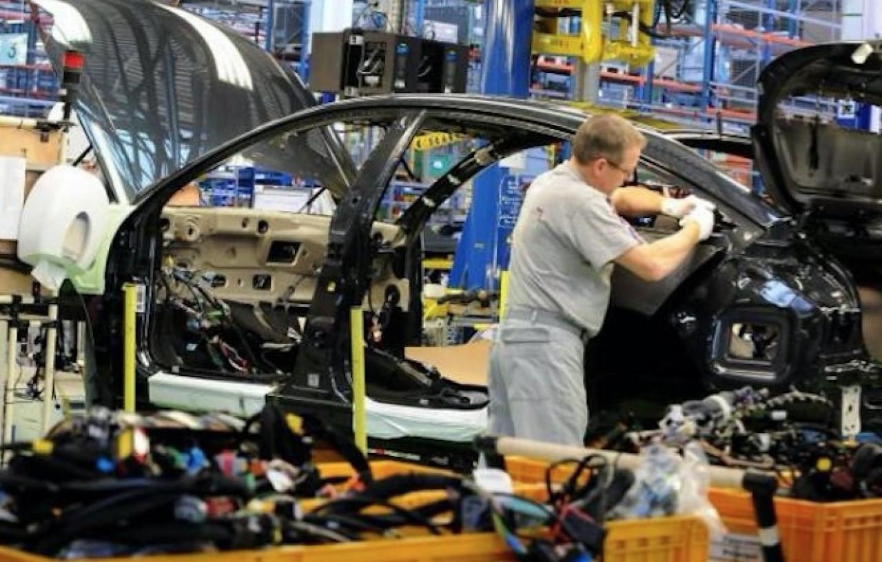 L'usine PSA de Sochaux qui emploie 7.800 salariés permanents, bat cette année un record de production. © PSA.