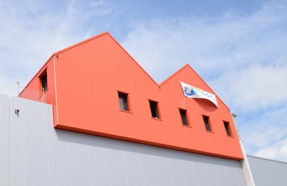 A Dijon, l'apiculteur Apidis construit une gigantesque usine flanquée d'un espace muséographique