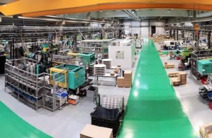 En Alsace, le plasturgiste EMI démontre les capacités d'une PME à réaliser une usine 4.0