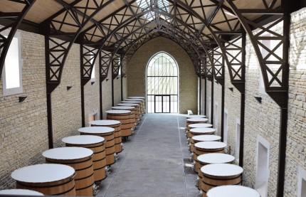 A Nuits-Saint-Georges, la maison de vins Faiveley fait de sa nouvelle cuverie de 8 millions d'euros, une oeuvre architecturale