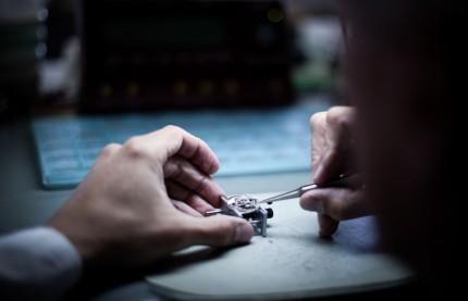 Au salon mondial de Bâle, l'horloger Michel Herbelin poursuit l'aventure de son modèle iconique