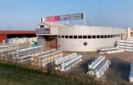 Pourquoi trois actionnaires de la menuiserie Pacotte et Mignotte, dont Bpifrance, cherchent à remplacer le management au profit de Léon le Nettoyeur