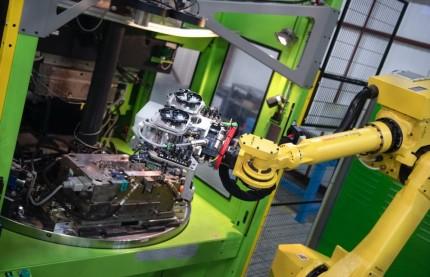 A Besançon, Augé Microtechnic Group s'offre deux lignes de production robotisées pour un contrat avec Valeo
