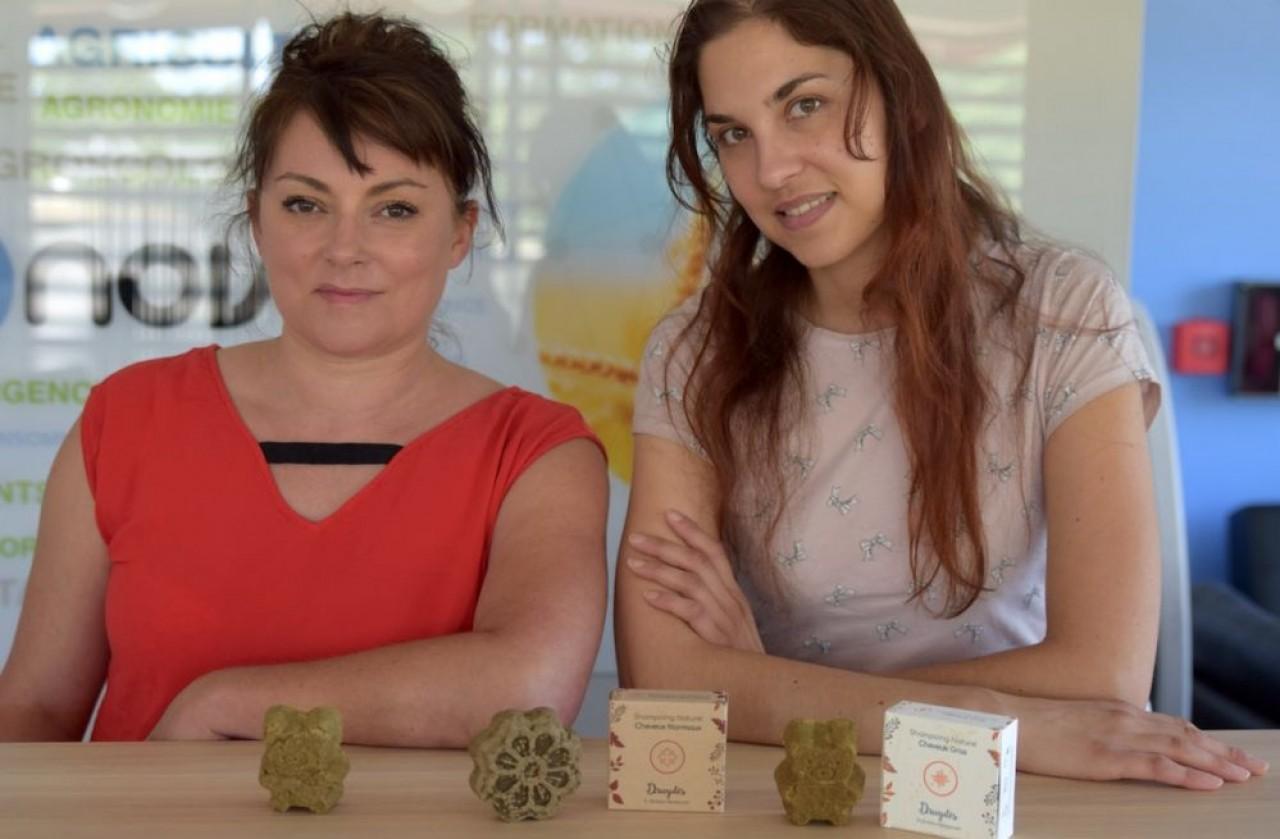 Fanny Preney (à gauche) et Gwendoline Bressand, cofondatrices de In Gratia Herbarum, nominées aux Trophées des Femmes de l'économie Bourgogne-Franche-Comté qui sont remis ce jeudi 4 juillet à Dijon. ©Traces Écrites