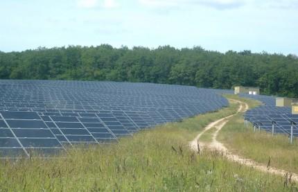 Tourisme industriel : EDF organise un circuit de visite de ses installations photovoltaïques et hydroélectriques dans le Morvan