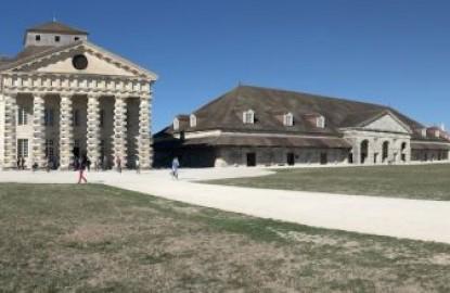 De grands travaux à la saline royale d'Arc-et-Senans concrétisent l'utopie de Claude Nicolas Ledoux