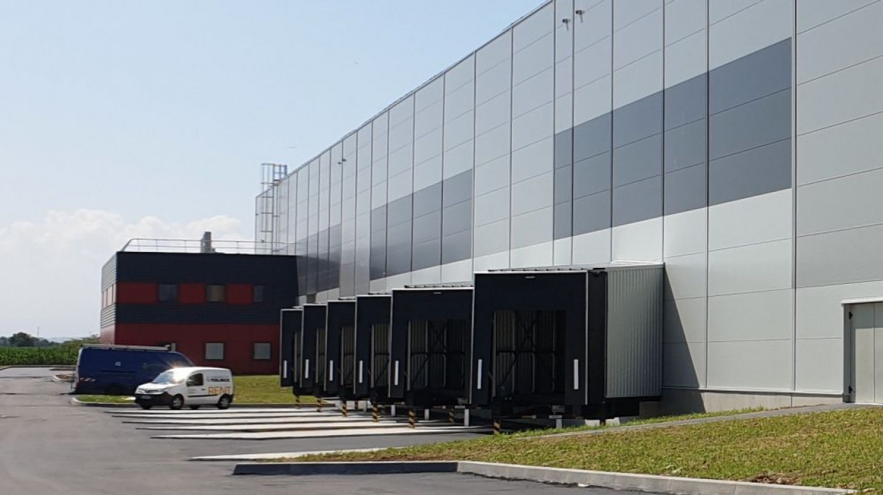 En chantier depuis octobre 2018, la nouvelle plate-forme et agence de Blotzheim sera inaugurée mi-octobre. © Agility.