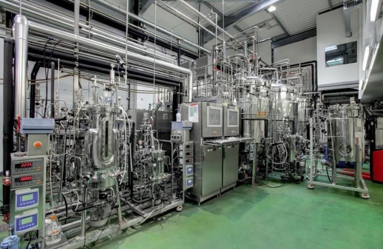 La future unité de METEX synthétisera deux substituts aux dérivés pétrochimiques à partir de glycérine, un sous-produit des industries du savon et du biodiesel. ©Metex/Jérôme Palle