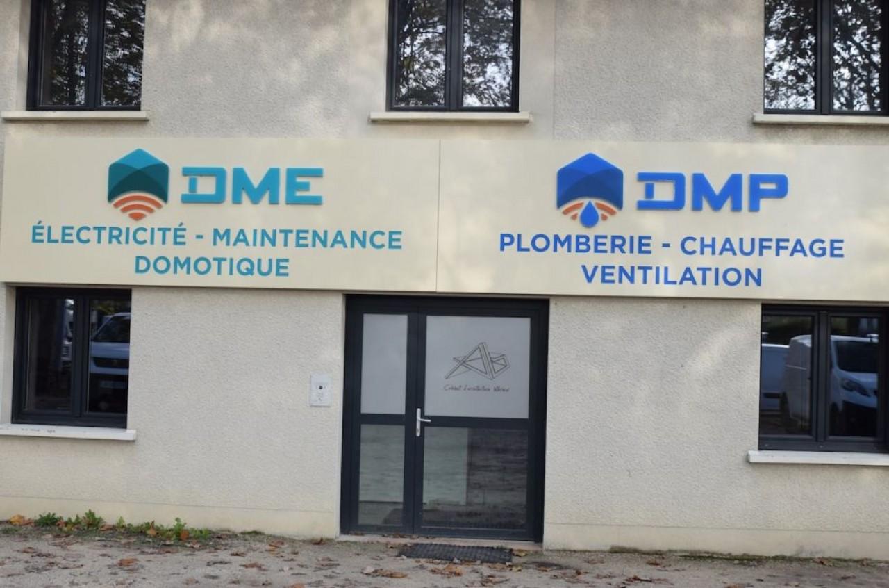 Les locaux qui abritent les trois entreprises DME, DMP et DMS sont un véritable show room de leur savoir-faire. © Traces Ecrites