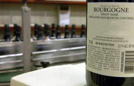 Les vins de Bourgogne battent un nouveau record à la vente des vins des Hospices de Beaune et sur ses marchés à l'exportation