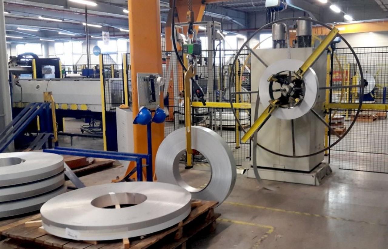 Les bobines d'aluminuim dont Soprofen fait à Froideconche, une partie de sa gamme de volets roulants, l'autre étant réalisée en PVC. ©Traces Ecrites