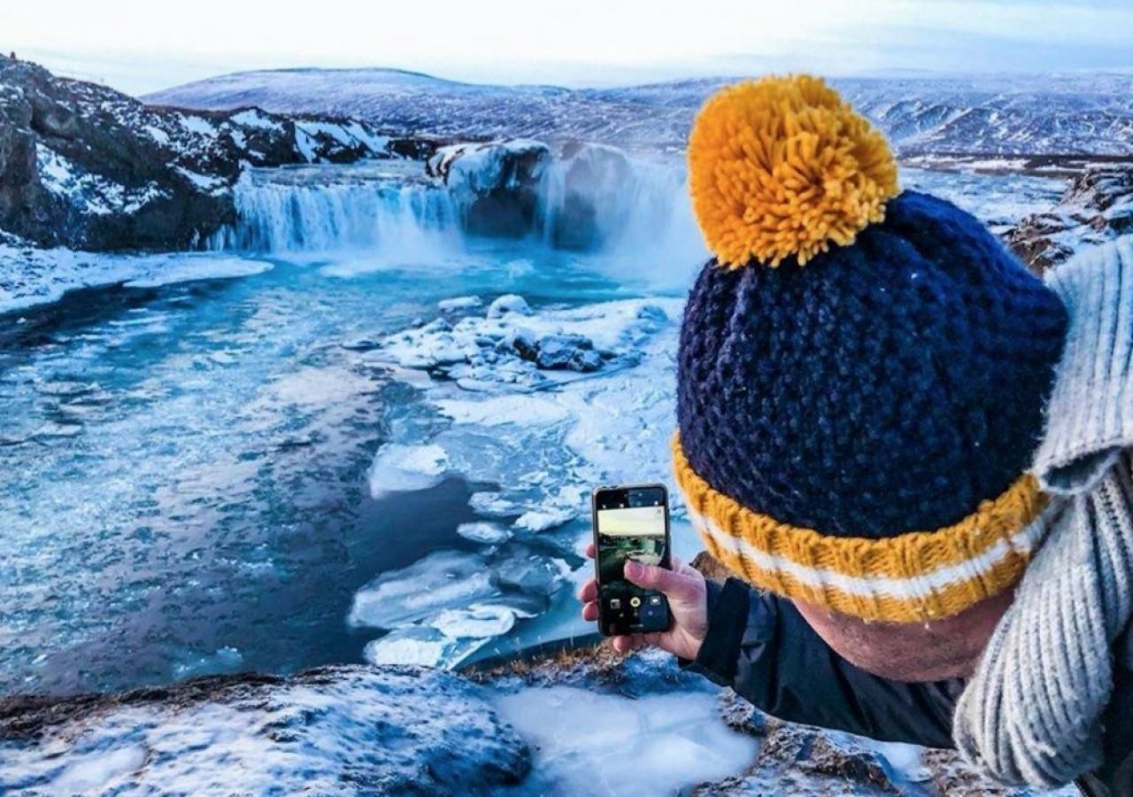 Des  collaborateurs de Cirkwi, moteur de recherche touristique, sont partis en novembre en Islande pour expérimenter sur le terrain ses propres  outils. © Cirkwi