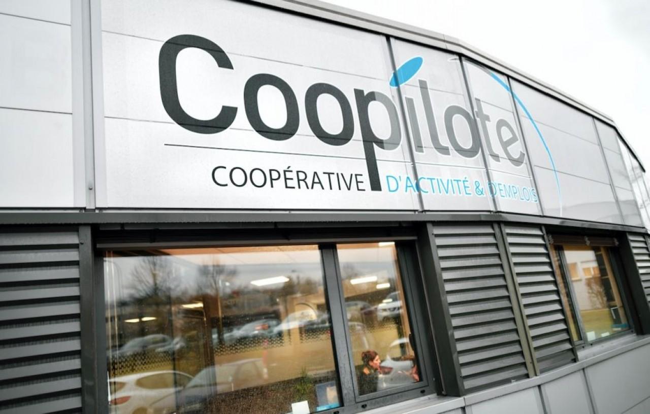 Coopilote est une coopérative d'activité et d'emplois. Elle accueille les créateurs d'entreprise sous le statut d'entrepreneur salarié le temps qu'ils prennent leur envol. © Laurent Cheviet