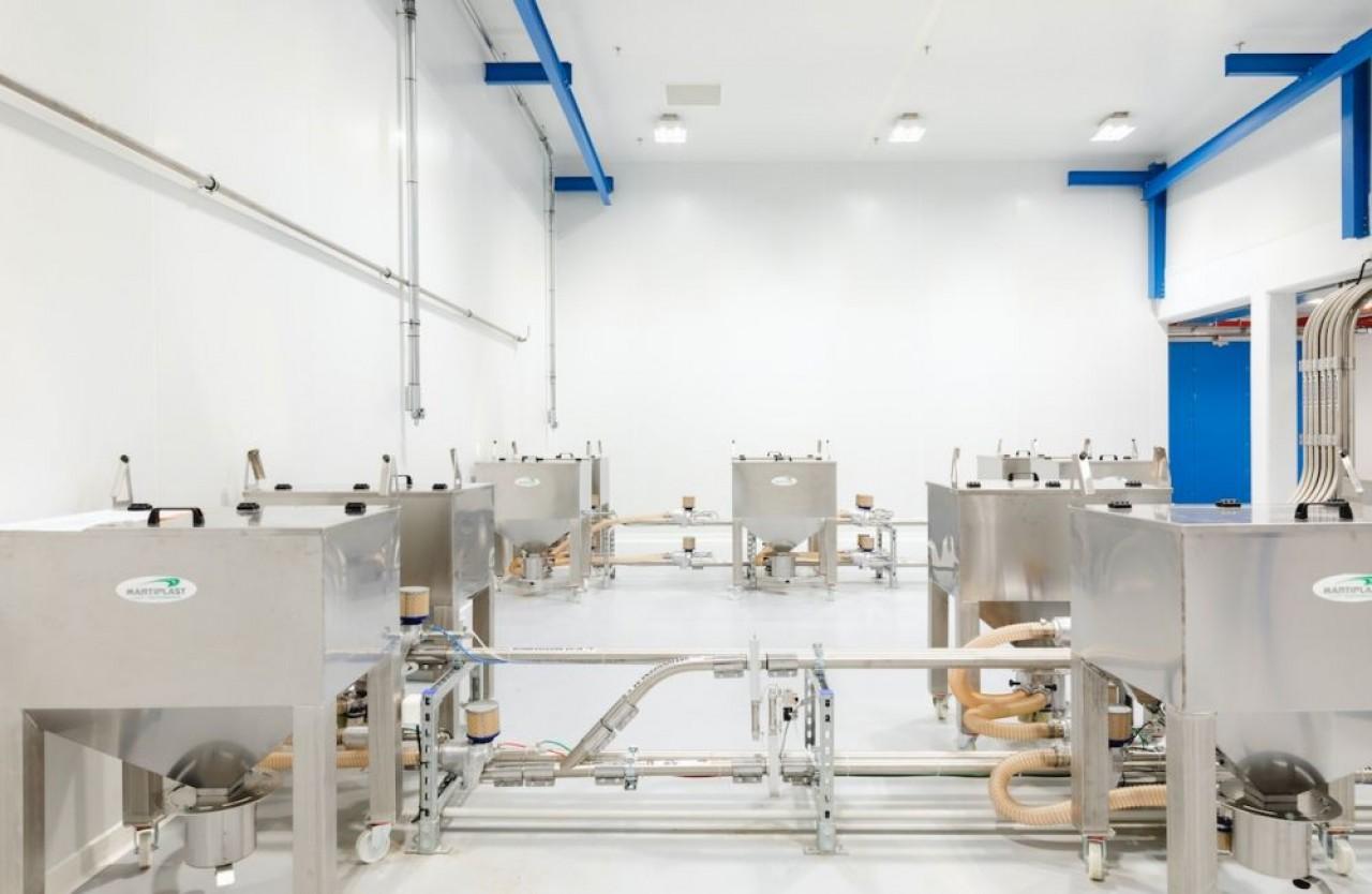 Le centre de microbiologie du groupe pharmaceutique allemand Merck à  Molsheim (Haut-Rhin) qui recrute une centaine d'opérateurs. © Merck