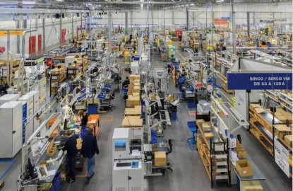 Le spécialiste de l'électrique Socomec poursuit les investissements dans son fief de Benfeld, dans le Bas-Rhin