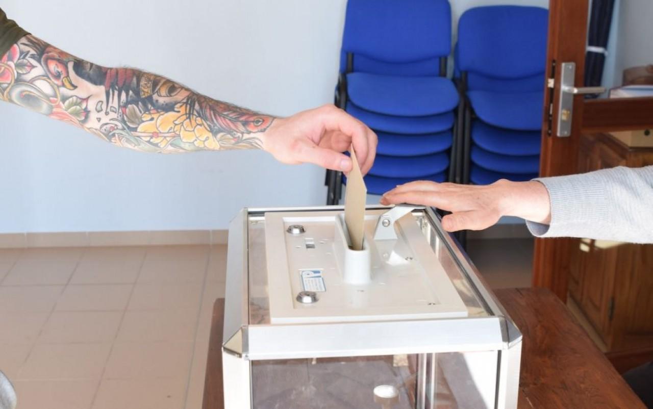 Elections municipales, premier tour, commune de Trochères en Côte-d'Or. © Traces Ecrites