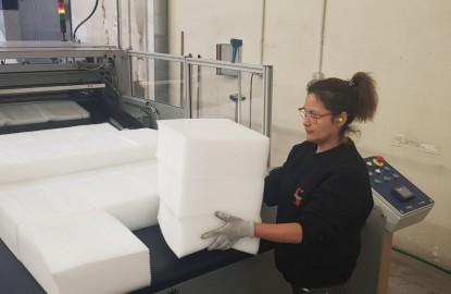 L'Alsacien Sapronit joue la résilience en investissant 10 millions d'euros tout en produisant des dizaines de milliers de protections faciales