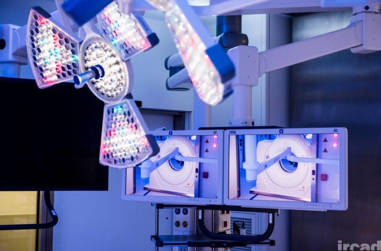 Visible Patient née au sein de l'Ircad de Strasbourg (photo) utilise l'intelligence artificielle pour améliorer l'analyse du degré de sévérité de l'atteinte pulmonaire des malades du Covid-19. © Pascal Bastien/Ircad