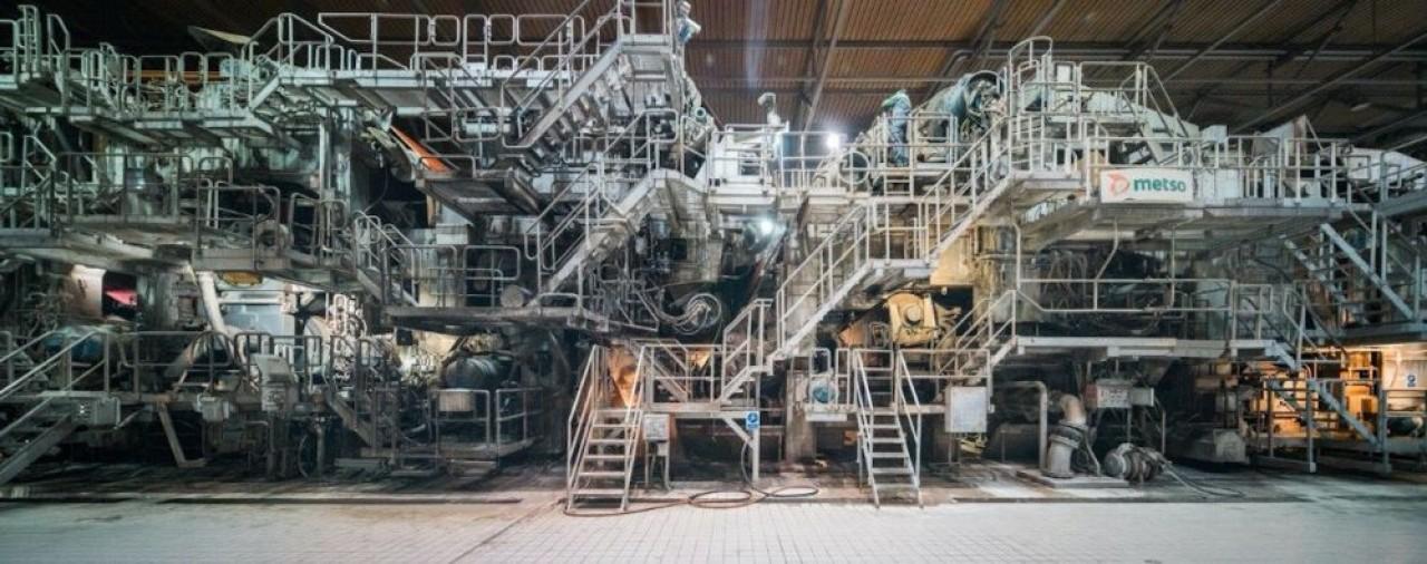 Blue Paper à Strasbourg remplace pour 11 millions d'€ les rouleaux en fonte qui servent à sécher le papier.® Bartosch Salmanski