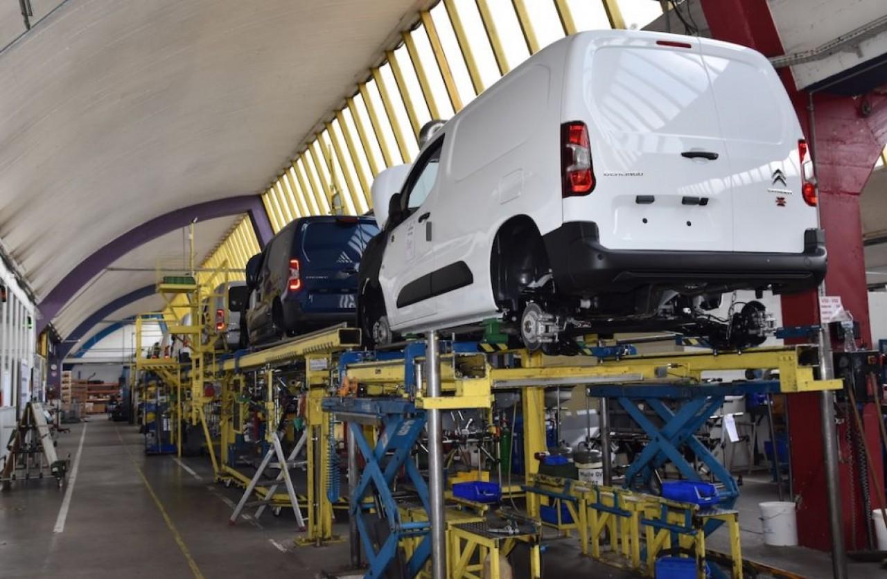 Automobiles Dangel transforme en 4X4, des véhicules à deux roues motrices de diffférents constructeurs. © Dangel