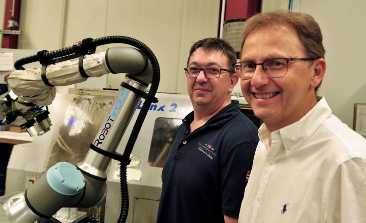 Laurent Wagner (à droite) et Philippe Boog, co-fondateurs de BW Industrie ont créé RobotIndus pour développer le savoir-faire acquis dans l'intégration de robots collaboratifs o.© Philippe Bohlinger