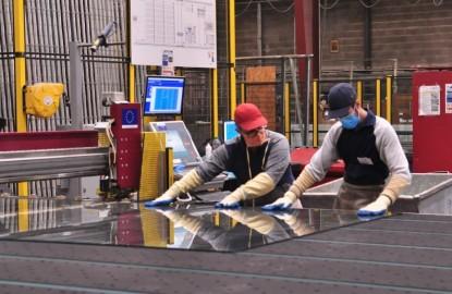 Cinq ans après la reprise du verrier lorrain Lhuillier-Seyer, Cécile Giraud impulse une nouvelle dynamique à Riou Glass VIE
