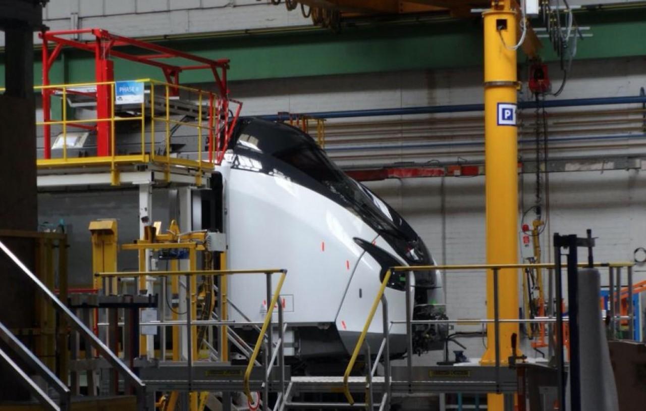 L'espagnol CAF et le tchèque Skoda Transportation se disputent l'acquisition du site de fabrication de trains régionaux d'Alstom à Reichshoffen. © cheminot.net