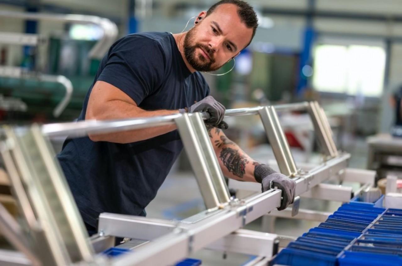 RSM fabrique des accessoires qui équipent les véhicules utilitaires : berce-vitres, galeries, échelles, marchepieds, porte-échelles… ©Laurent Cheviet