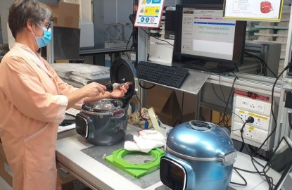 Après la Cocotte-Minute® à Selongey, SEB personnalise un second produit sur son autre site bourguignon d'Is-sur-Tille