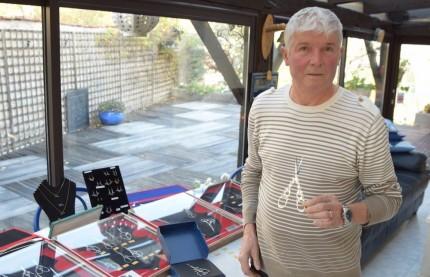 Le Haut-Marnais Fabrice Liiri, dernier ciselier d'art de France, veut transmettre un savoir faire unique