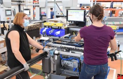 Haute-Saône : KH-SK investit 2,6 millions d'euros dans une nouvelle ligne de volets roulants Velux