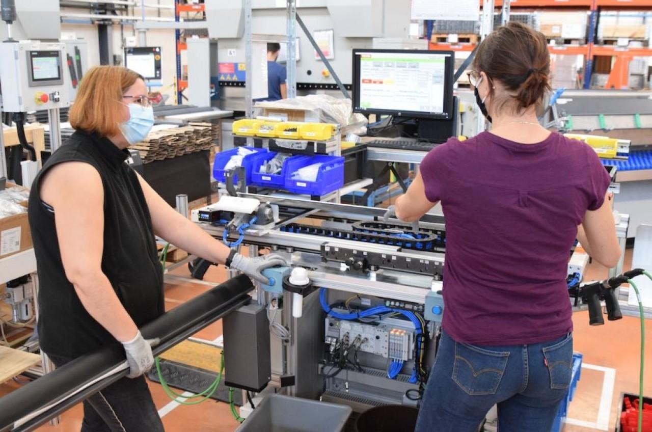 KH-SK, à Marnay (Haute-saône) est l'un des fabricants clé du groupe Velux pour les volets roulants. © Traces Ecrites
