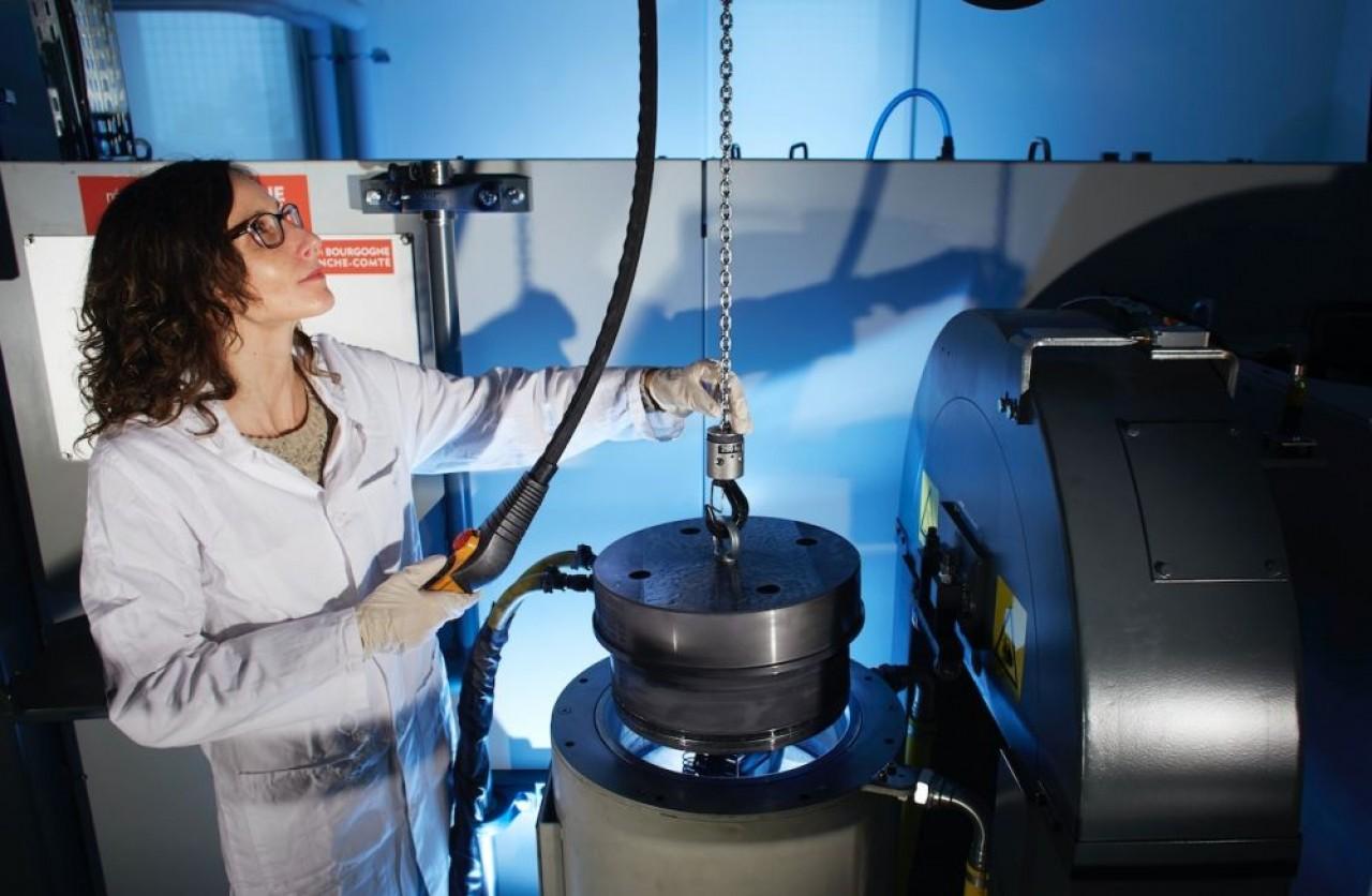 L'Université de Bourgogne qui anime le projet Calypso avec l'agence Ecosphère du Creusot-Montceau dispose depuis 2016 d'une machine de Compression Isostatique à Chaud au sein du laboratoire Interdisciplinaire Carnot de Bourgogne (en photo). © A.Cheziere