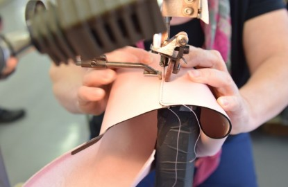 Dijon Maroquinerie préserve un savoir-faire du luxe en Haute-Marne pour la marque Lebeau-Courally