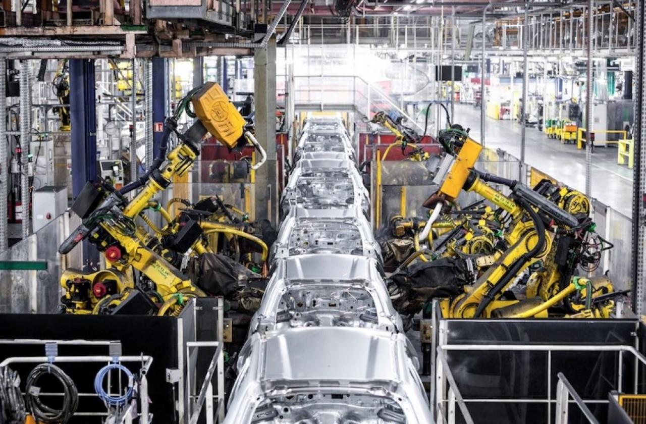 Le site Stellantis PSA Mulhouse illustre la chute de la production automobile avec  50.000 véhicules fabriqués l'an dernier contre 230.000 en 2019. © Juien Cresp/Stellantis