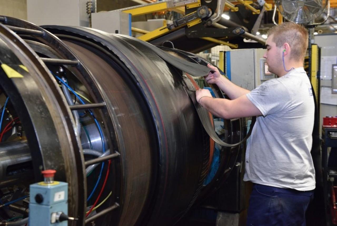 Le fabricant de pneumatiques compte 21.000 salariés en France dont 2.900 en Grand Est et Bourgogne-Franche-Comté. En photo, l'usine Michelin à La Chapelle-Saint-Luc, près de Troyes. © Frédéric Marais