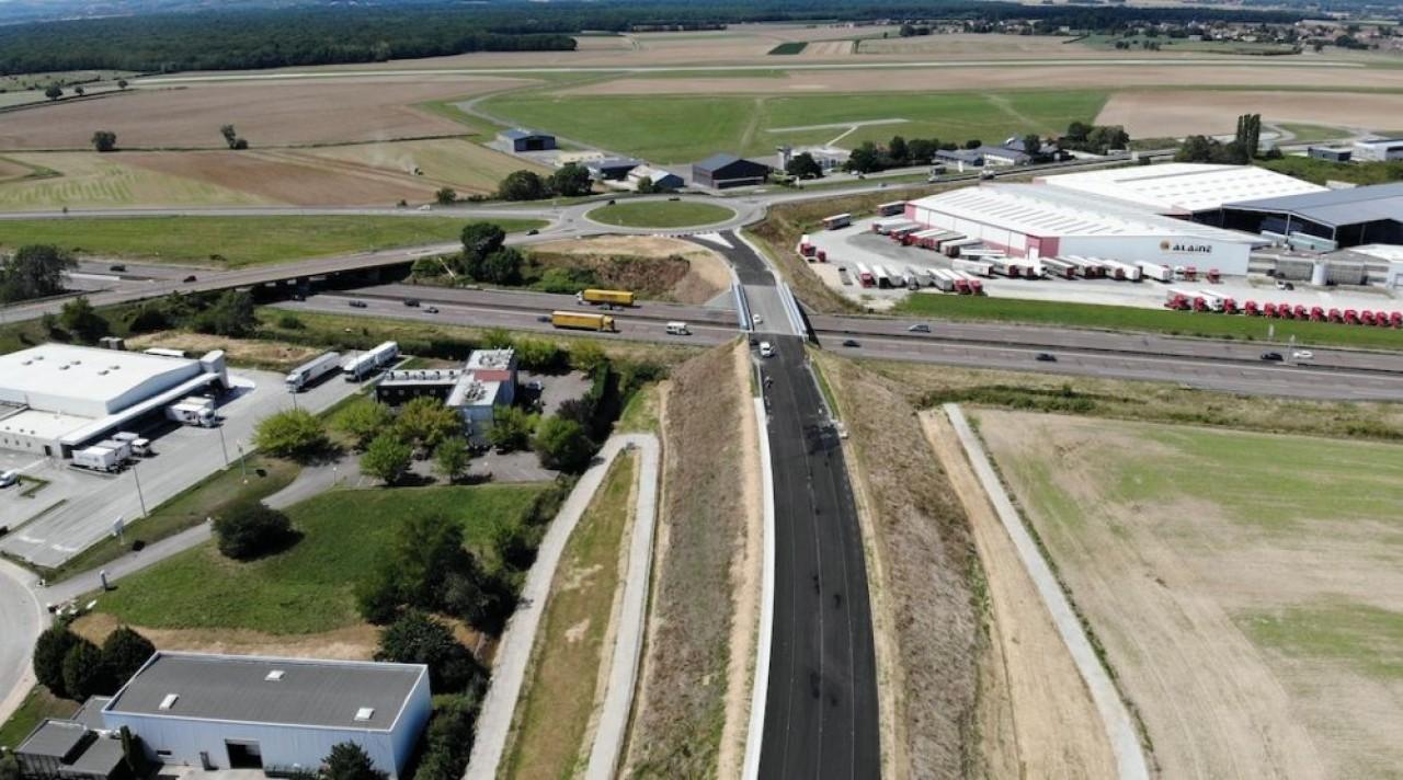 La zone d'activité SaôneOr, la plus grande de l'agglomération de Chalon-sur-Saône, aura un accès direct à l'autoroute A6 d'ici 2023. © CD 71.