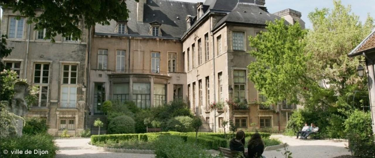 L'Hôtel Bouchu d'Esterno, hôtel particulier du 17e siècle, est proposé pour l'accueil à Dijon de l'Organisation Internationale de la Vigne et du Vin. © Ville de Dijon
