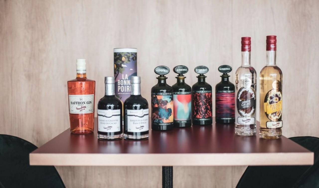 Gabriel Boudier est loin de ne fabriquer que de la crème de cassis : le liquoriste a toujours diversifié sa gamme de spiritueux. © Sabrina Dolidze